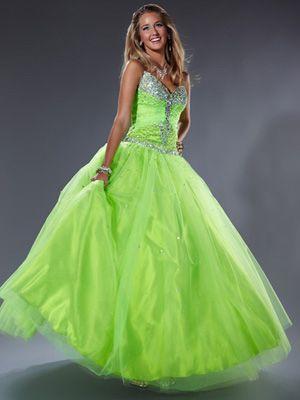 a1c0f67903b Amiola zelené plesové šaty na maturitní ples plesové šaty p na
